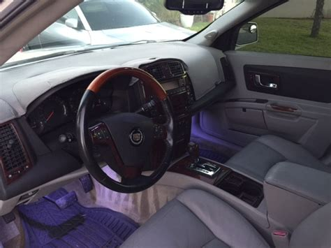 Cadillac Srx Interior by 2004 Cadillac Srx Pictures Cargurus