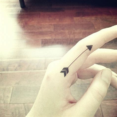 tattoo finger arrow arrow tattoos and designs page 132