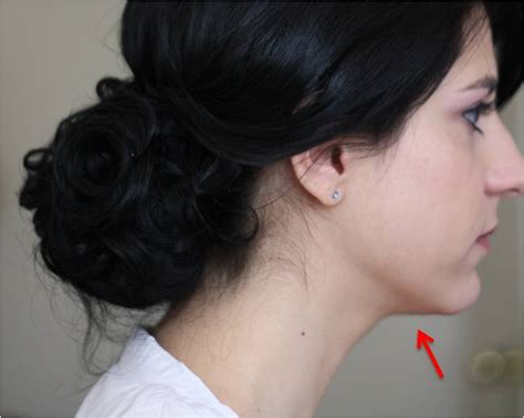 hairstyles for double chin women short hairstyles double chin women