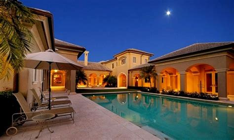 Luxury Homes Naples Fl Luxury Home For Sale In Naples Florida Real Estate For Investment In Exclusive Pelican Bay