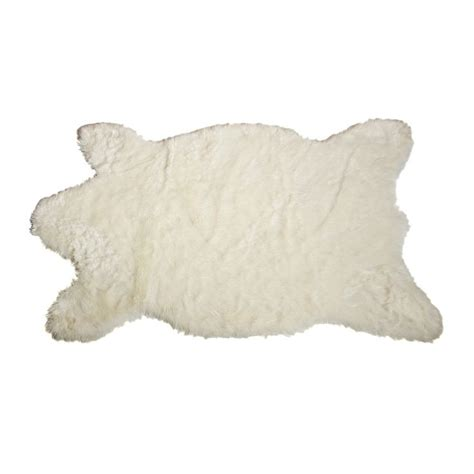 Faux Polar Skin Rug With by 1000 Ideas About Skin Rug On Rugs Fur Rug And European Mount