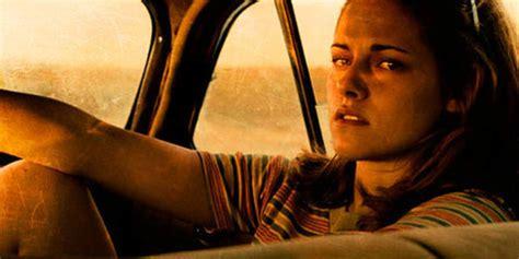 film on the road adalah kristen stewart anggap bugil di on the road bukan hal