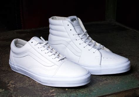 Vans Skool Pro Classic Bw vans goes all white on the sk8 hi and skool for