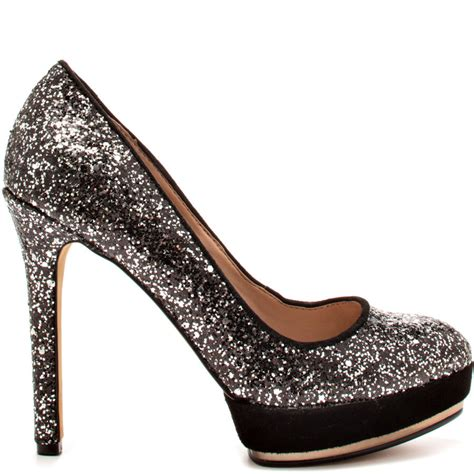 black shoes with silver heels is heel