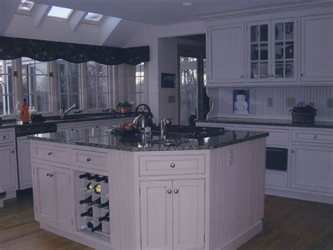 Kitchen Island Nh Country Kitchens With White Cabinets