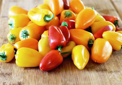 Mini Sweet 1 peppers masters touch