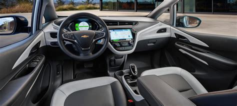 bold interieur 2018 chevy bolt ev all electric crossover eau claire