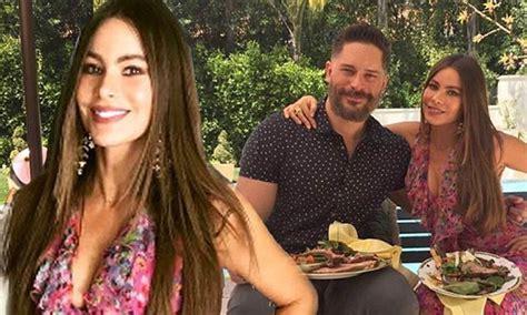 Maxi Shofia Mol eye sofia vergara rocks plunging pink dress as she and husband joe manganiello spoil