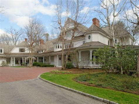 connecticut house ron howard selling his connecticut victorian home on