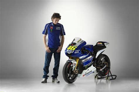 Gambar Wallpaper Moto GP Valentino Rossi 2015 HD   Blog Yoiko