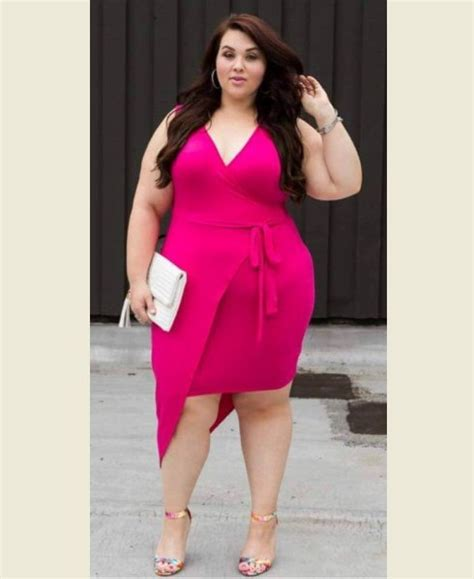 Womens Plus Size Wedding Dresses by 15 S Plus Size Dresses For All Occasions