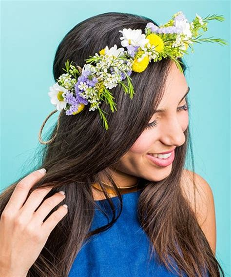 How To Make A Flower Crown Out Of Paper - how to make fresh flower crowns 7 diy ideas