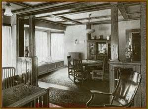 1920s Craftsman Home Design Images From The Arts Crafts Era Decorating The Bungalow
