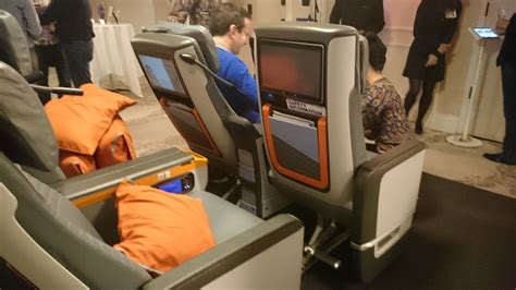 5 pictures that might make you sad about your economy seat