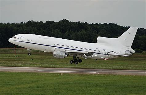 lockheed  tristar procharter global aviation