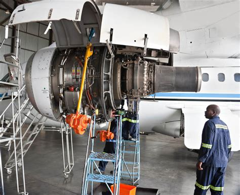 Aircraft Mechanic Description by Aircraft Mechanic Description And Career Options