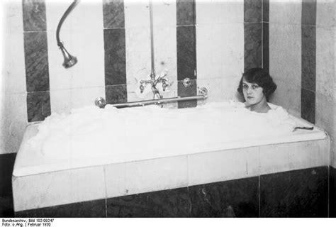 Bubbles For Bathtub by Bath