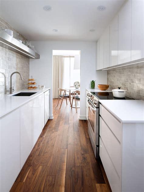 Narrow Galley Kitchen Design Ideas 170 Fotos E Ideias De Cozinha Planejada Pequena