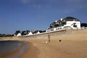 Cabin Home Designs French Tourist Residence Batz Sur Mer Valentin Plage