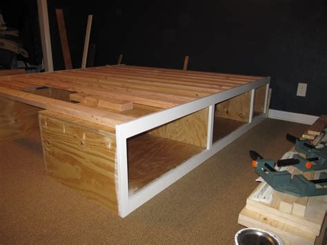 Diy Platform Bed Plans Diy Platform Bed With Storage Plan Modern Storage Bed Design