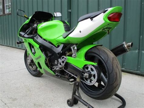 2000 Kawasaki Zx7r by 298 Best Kawasaki Zx7r Images On Motorbikes