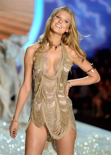 victoria s toni garrn at victoria s secret fashion show celebzz