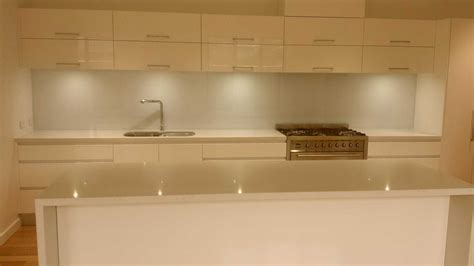 kitchen bench top kitchen benchtop kitchen benchtops kembla kitchens gallery kitchen benchtops