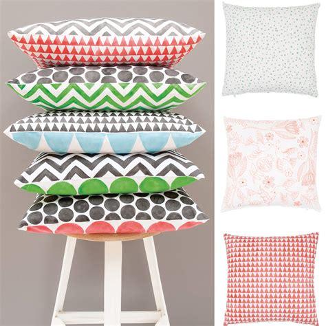 Textilfarbe Selber Machen by Kissen Bemalen Mit Textilfarbe 187 Gratis Anleitung Zum