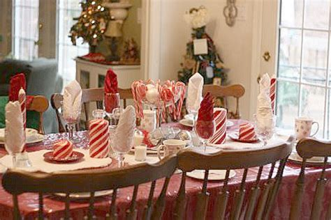 Christmas Candy Centerpieces - candy cane table theme cute kids tablescape