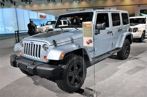 Jeep Wrangler Arctic Edition Price 2012 Jeep Wrangler And Liberty Arctic Editions Chill Out
