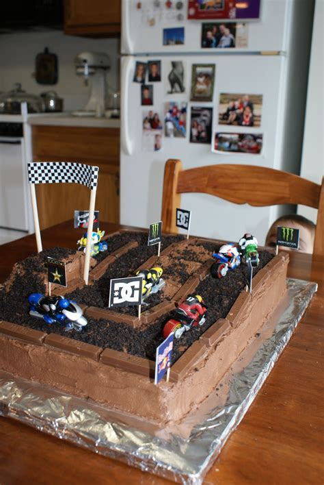 motocross bike cake i hold all the cards dirt bike cake
