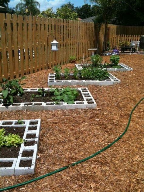 Allée De Jardin Moderne 4265 by 25 Best Ideas About Vegetable Garden Layouts On