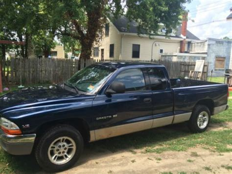 2000 dodge dakota slt for sale in cedarburg wisconsin classified americanlisted com purchase used 2000 dodge dakota slt standard cab pickup 2 door 3 9l in national park new jersey