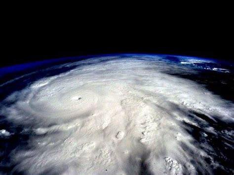 imagenes satelitales huracan patricia en vivo nasa en vivo hurac 225 n patricia en m 233 xico en video de un