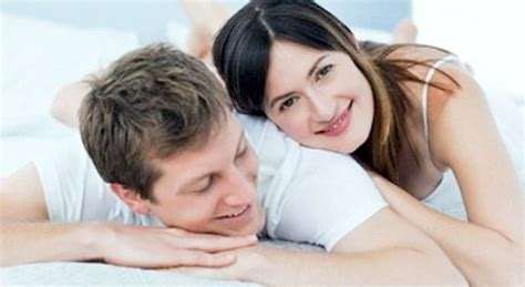 5 tanda wanita puas berhubungan seks dan bercinta