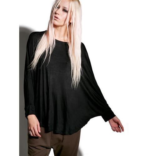 mnml can t tell me nothin batwing top dolls kill