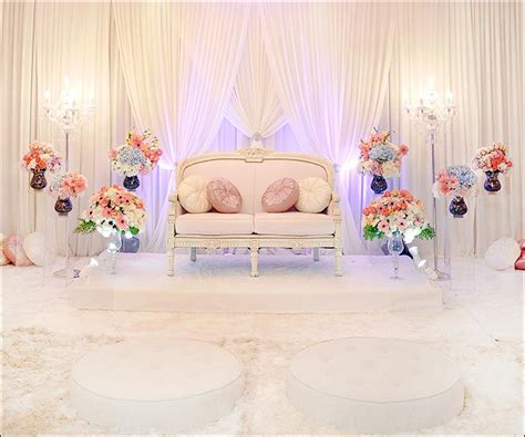 Stage Dã Coration D Intã Rieur Christian Marriage Stage Decoration With Flowers Design