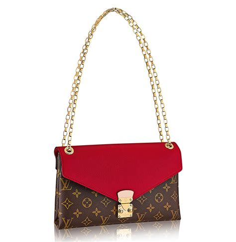 Louis Vuitton Runway Chain It Handbags 226 rumors are flying that these louis vuitton bags are being discontinued purseblog