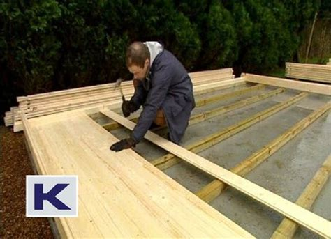 fitting the log cabin floor insulation