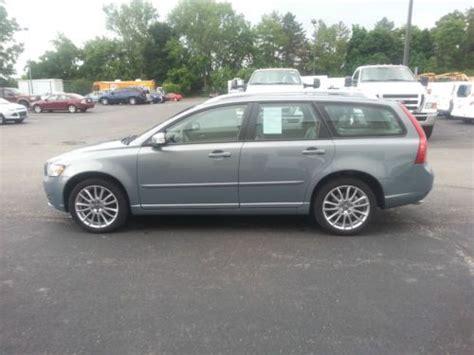 sell   volvo   wagon  door   wheel drive  erie pennsylvania united states