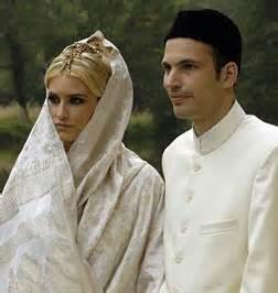 Galerry prince rahim aga khan divorce