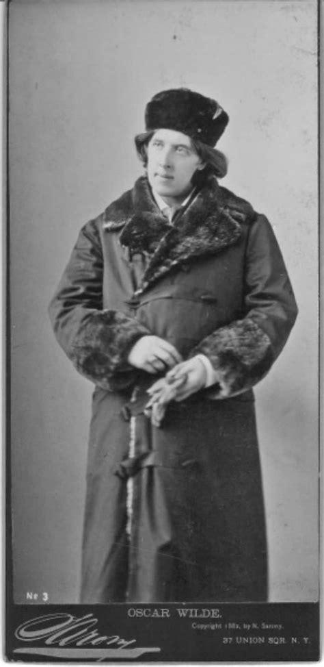 oscar wilde in america photographs by napoleon sarony