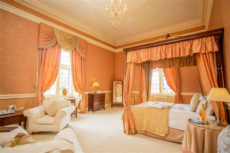how many rooms are in a castle getting to clearwell castle the wedding community