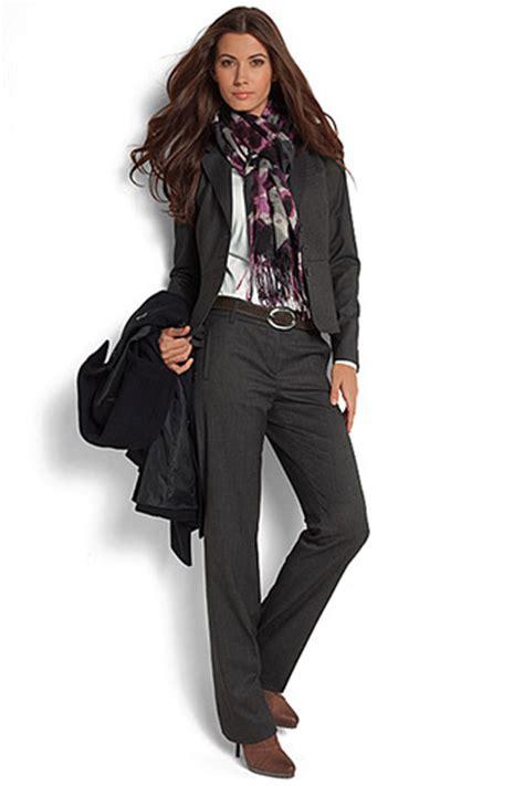 Bilder Bewerbung Kleidung Kleiderfrage Beim Vorstellungsgespr 228 Ch Muster Lebenslauf