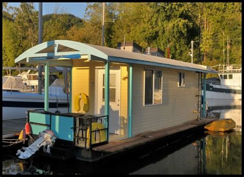 mini house boat unique houseboat on ebay