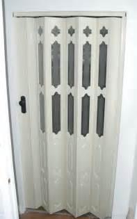 Accordion Interior Door 22 Accordian Doors Ease And Interior Exterior Doors