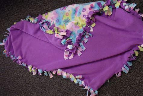 Make Fleece Tie Blanket by 27 Best Fleece Blankets Images On No Sew
