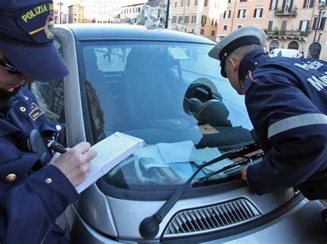 ufficio contravvenzioni via ostiense multe cancellate i pm indaganosu cinque 171 graziati 187 e tre