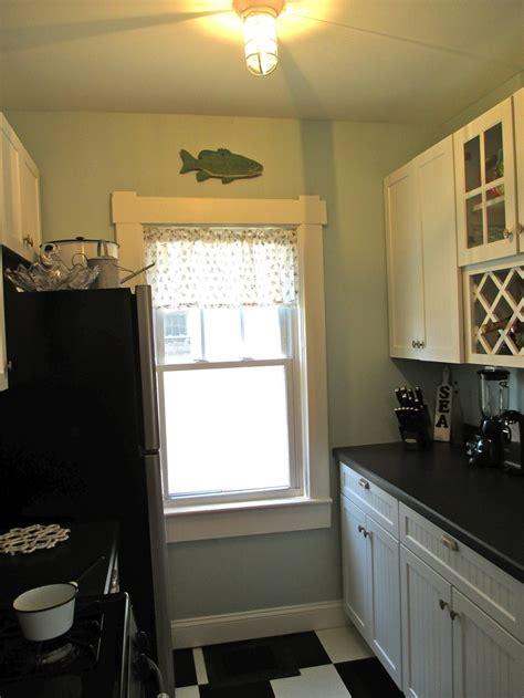 cottage galley kitchen galley kitchen i finally got my house
