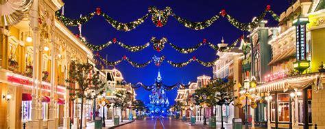 when dies disneyland paris decorate for christmas disney s enchanted disneyland 174